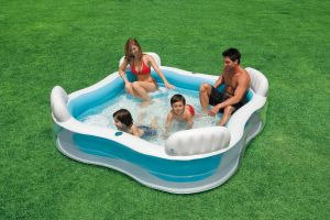 Swim Centre Family Lounge